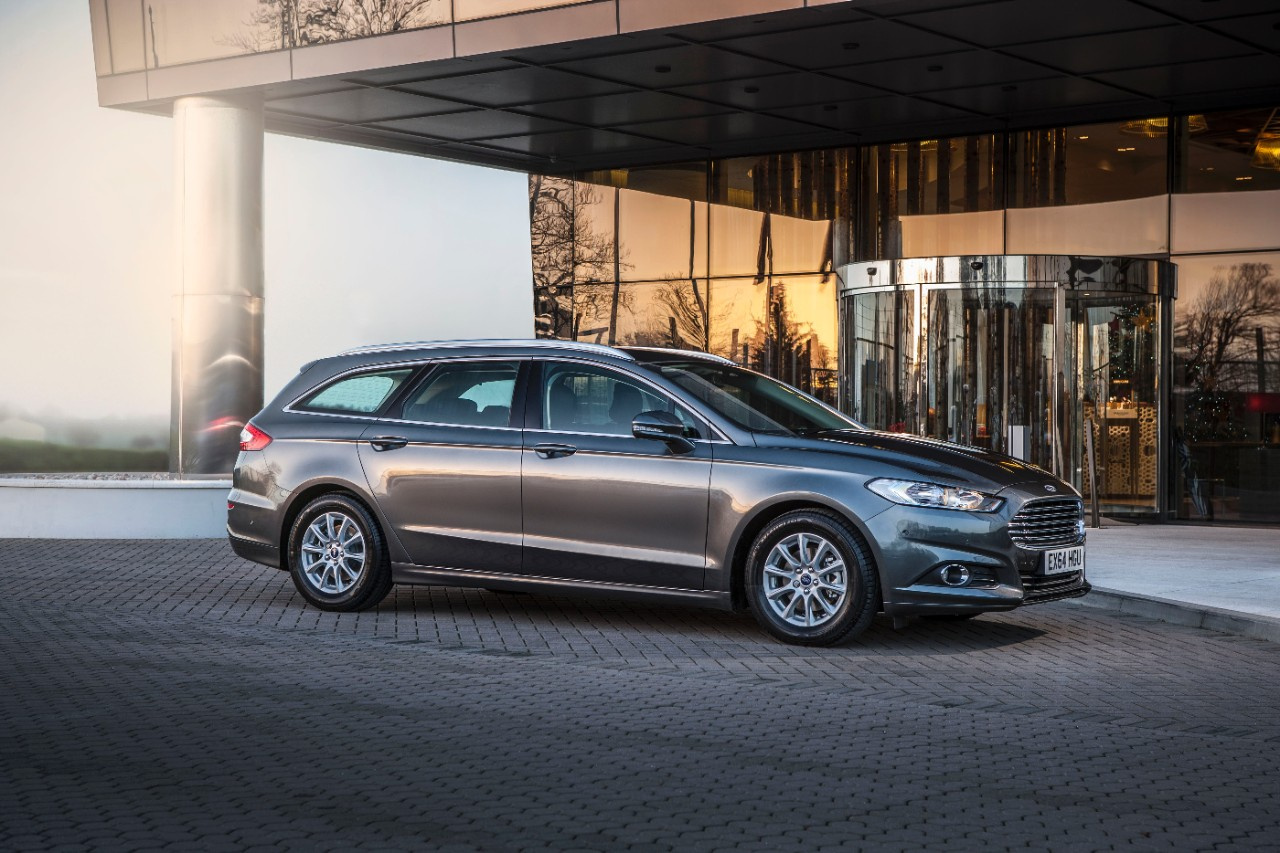All-new Ford Mondeo Estate wins Best Estate in the 2015 What Car Awards-2