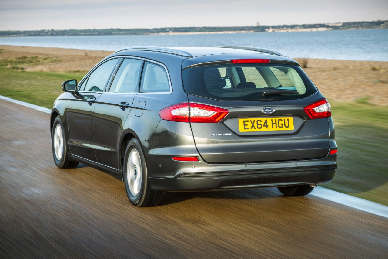 All-new Ford Mondeo Estate wins Best Estate in the 2015 What Car Awards-5