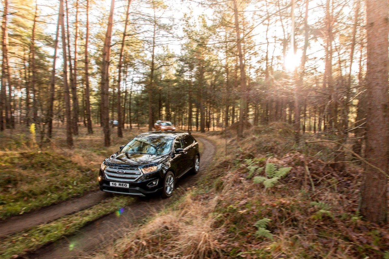 Edge joins the increasingly popular Ford Kuga -family-sized- SUV and EcoSport compact SUV to complete Ford-s three-car SUV line-up