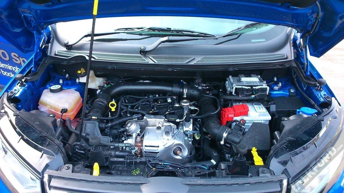 ford-ecosport-engine-bay