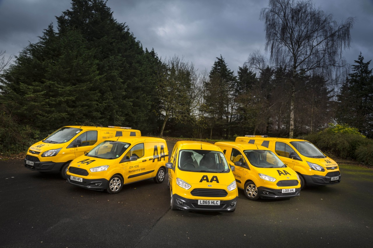 Ford maintains its 50 per cent share of the AA's distinctive 3,000-vehicle fleet