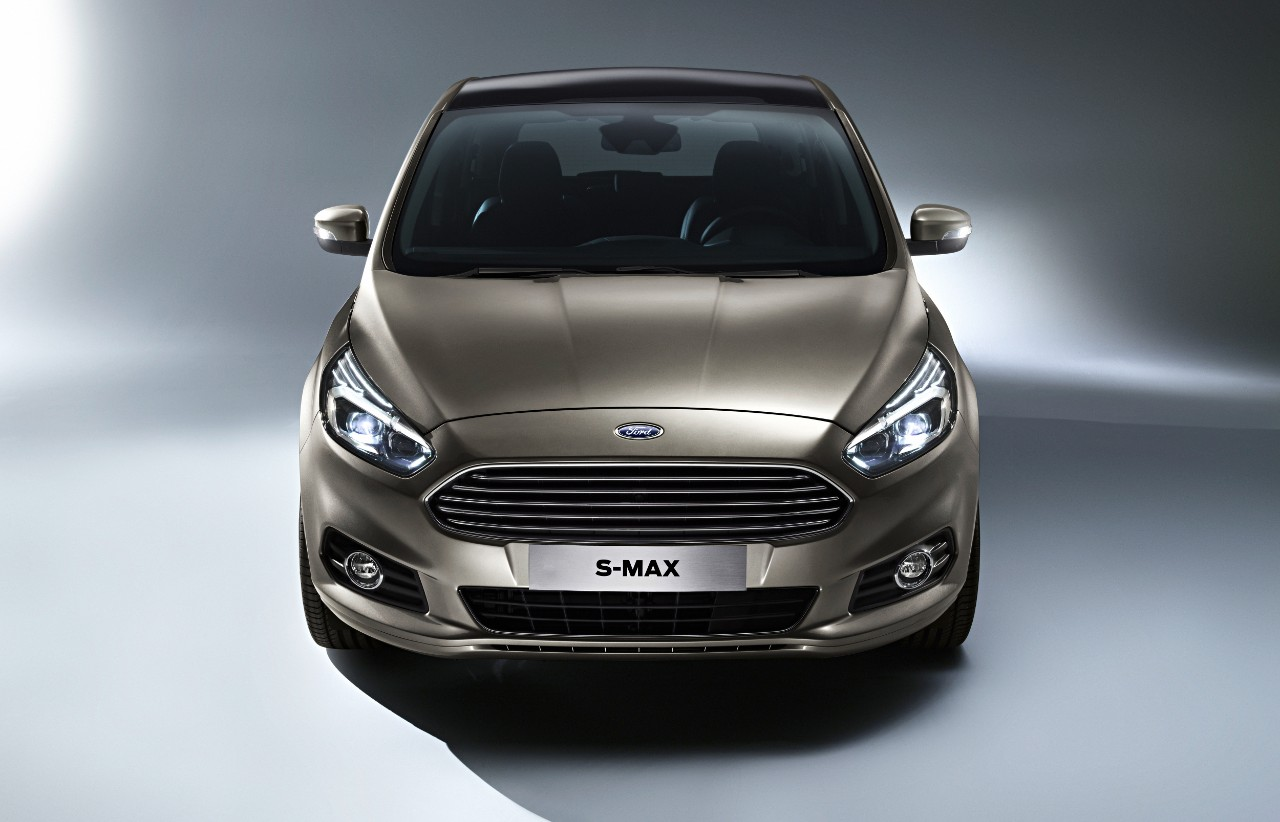 Ford-S-MAX_07