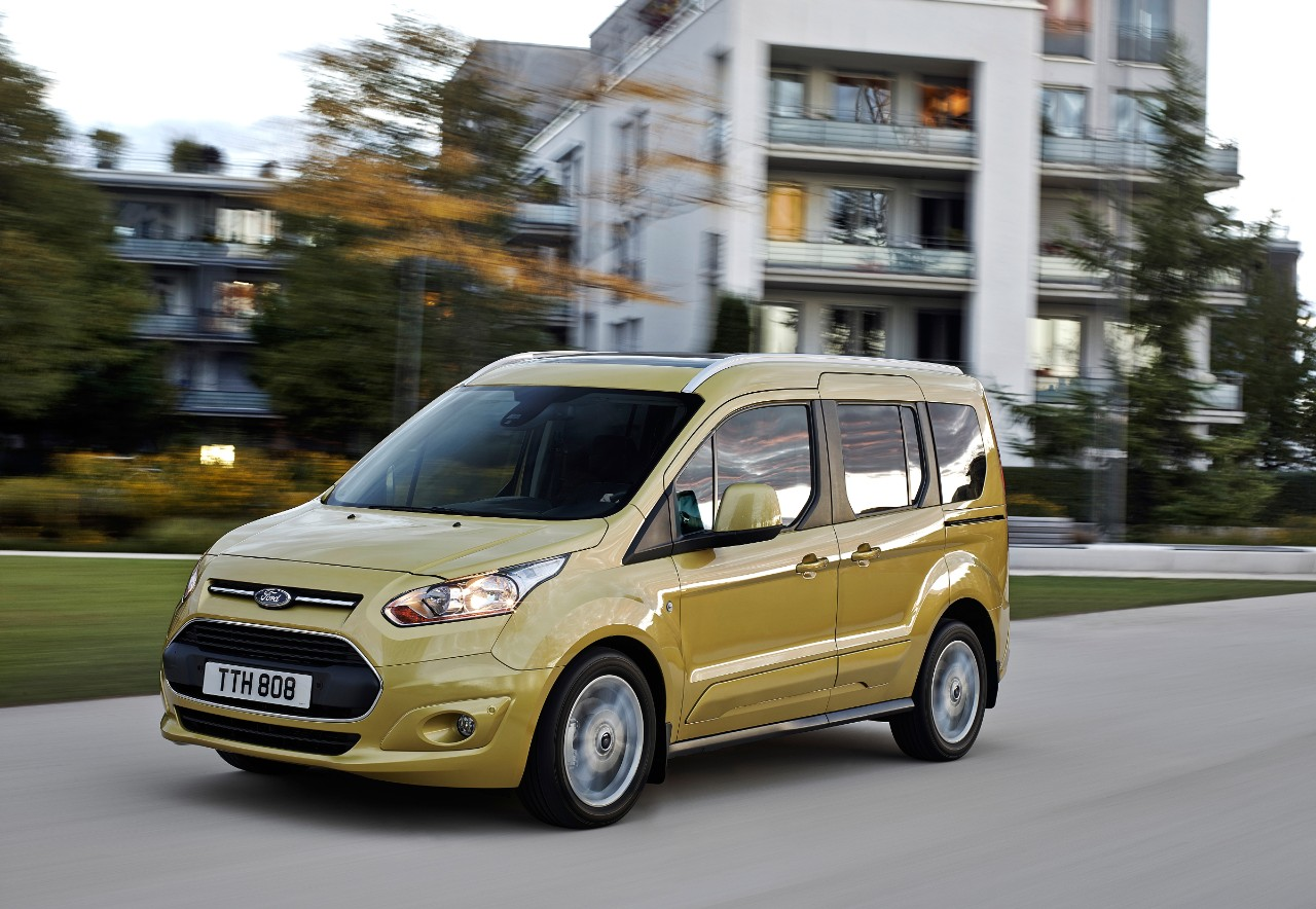 Ford-TourneoConnect_13