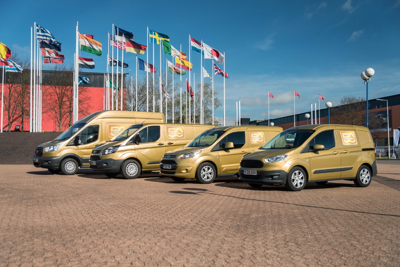 Ford Transit Golden Convoy 1