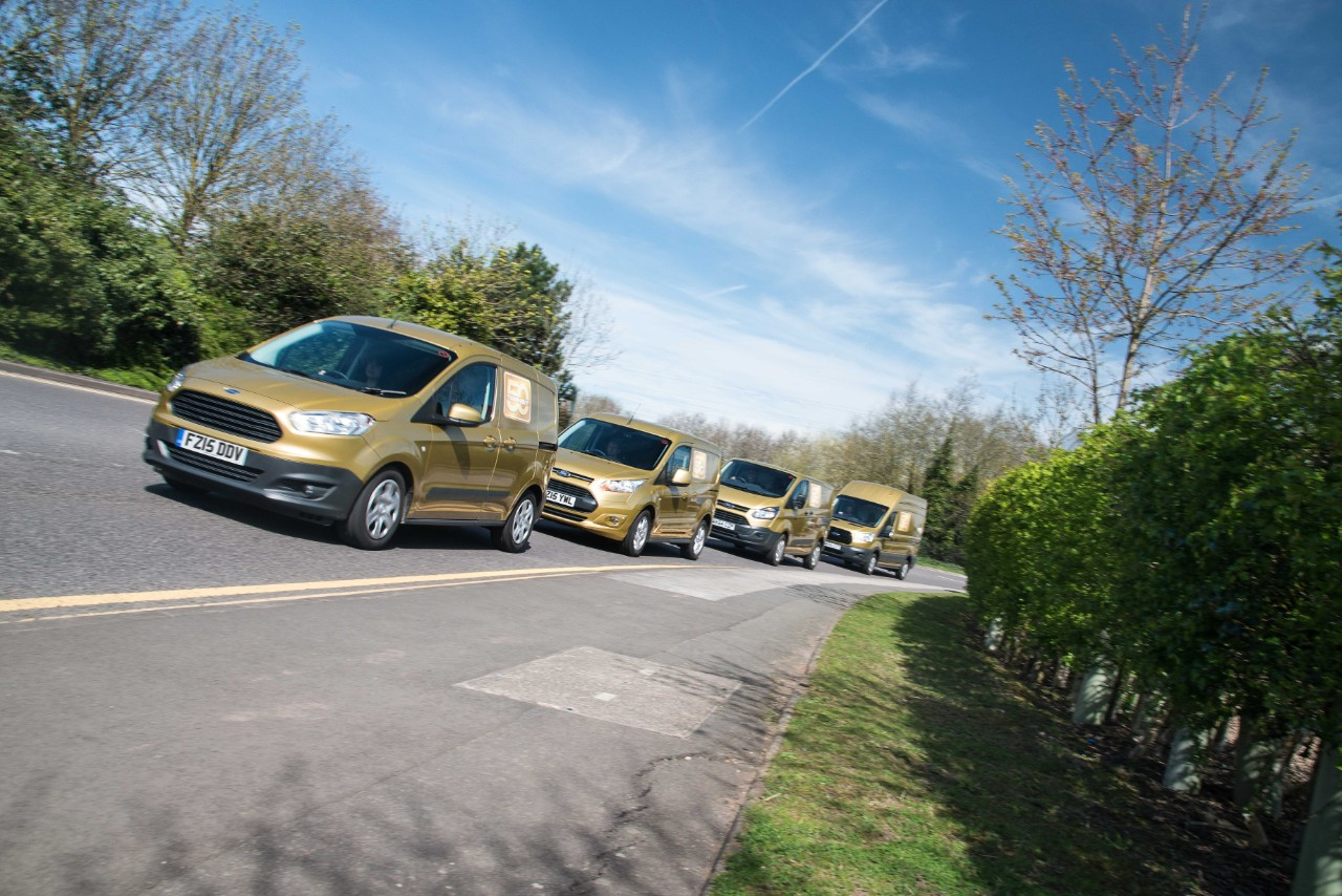 Ford Transit Golden Convoy 2