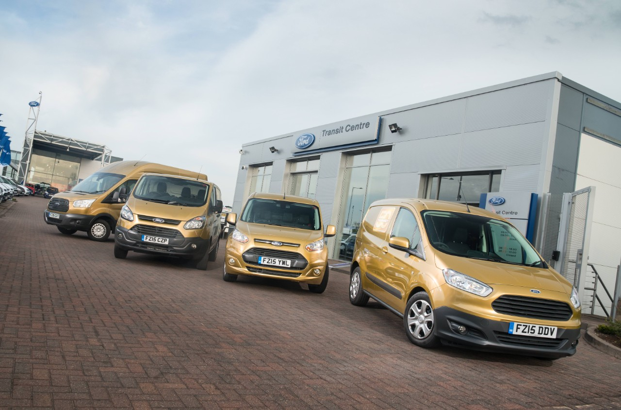 Ford Transit Golden Convoy 3