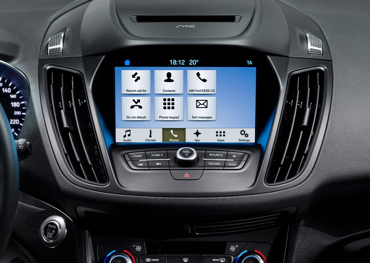 Ford2016_KugaMCA_Sync3_phone_09