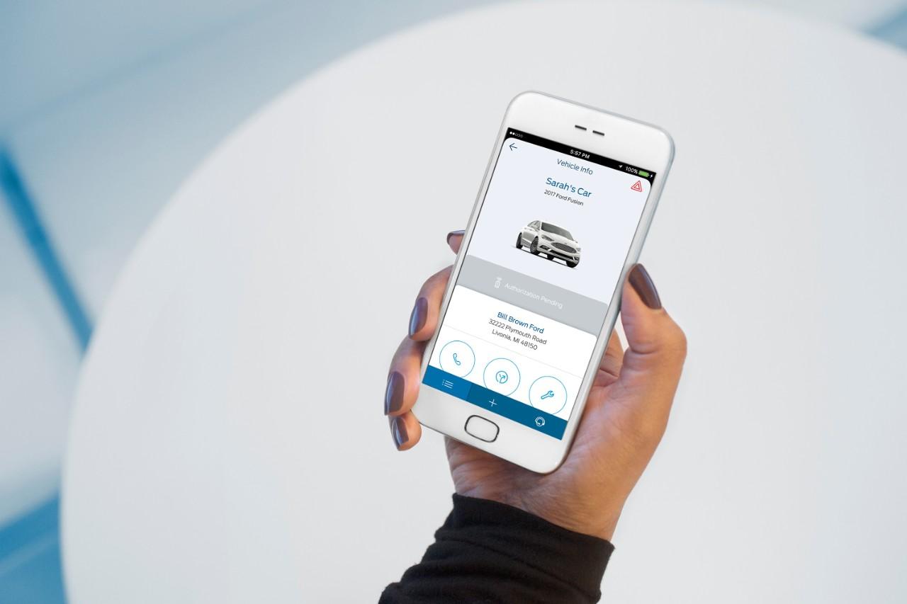 Ford2016_MWC_FordPass_Sarahs_Car_Vehicle_Info_08